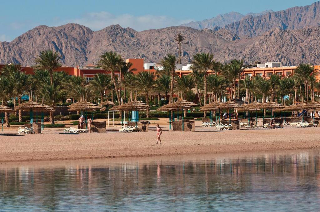 AMWAJ OYOUN RESORT AND CASINO
