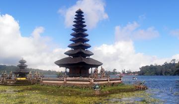 Sejur plaja Bali, Indonezia - august 2020