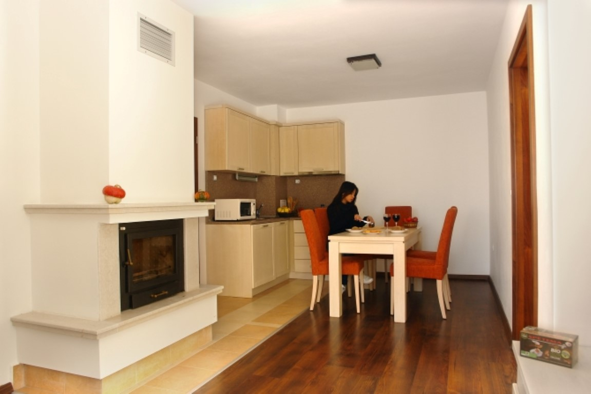 Winslow Infinity  Aparthotel