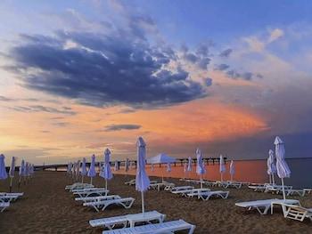 Long Beach Resort And Spa