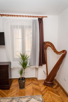Musik Apartments Old Town