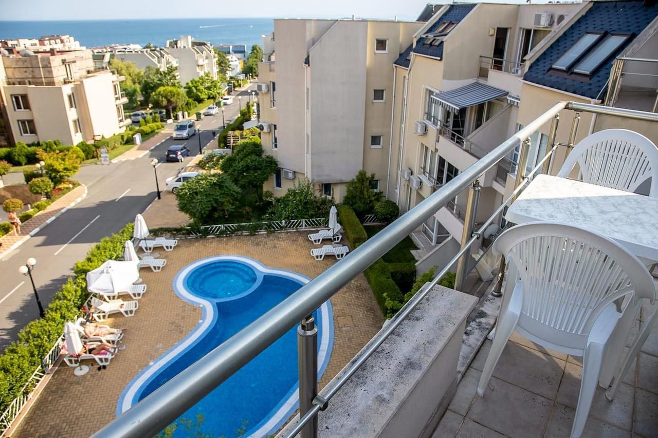 Summertime - Family Apartment With Pool + Sea View