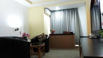 New Benakutai Hotel & Apartment