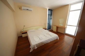 Menada Elit Iii Apartments