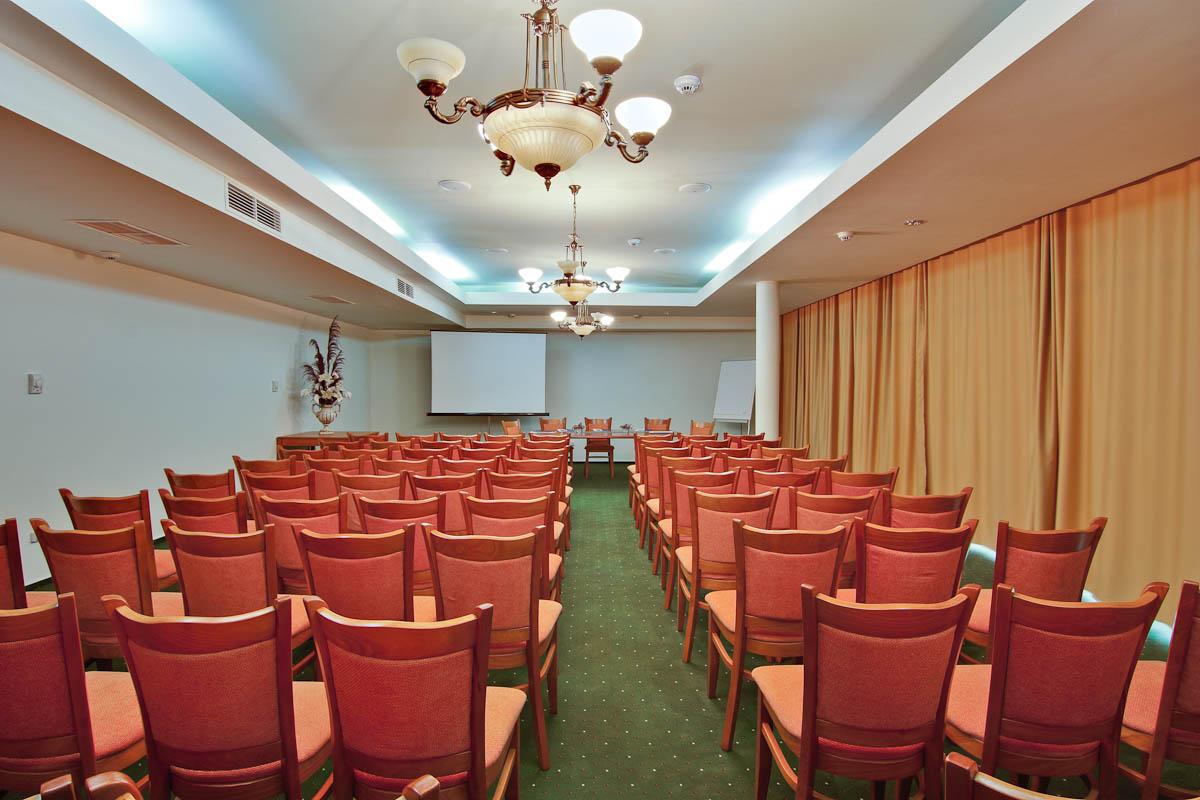 Hotel Cleopatra - Inscrieri Timpurii 15.05.2021 - Demipensiune