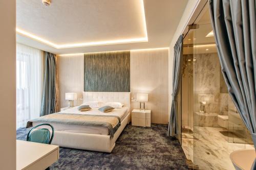 Hotel Opera Mamaia Nord