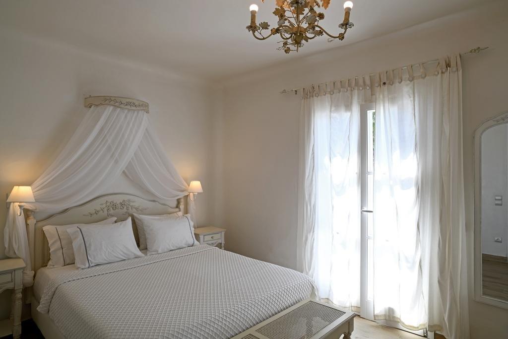 ERATO HOTEL