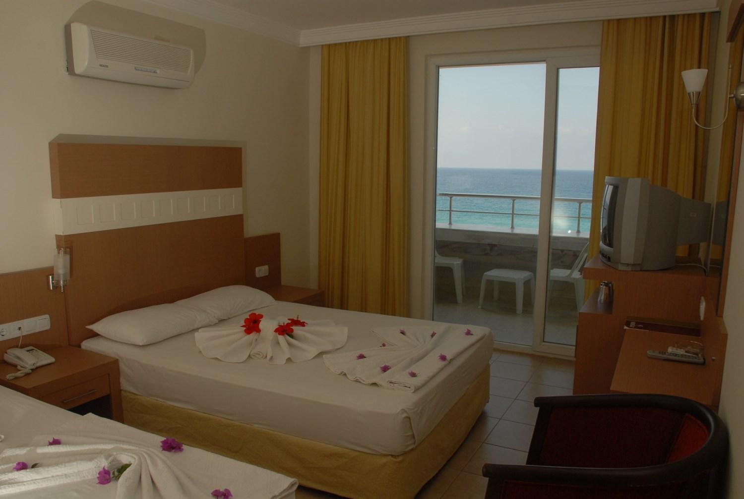 SUNSTAR BEACH HOTEL