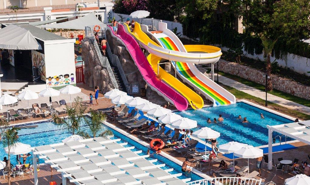 Karmir Resort Spa Hotel