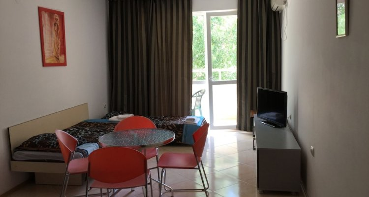 Sofia Apartments in Sunny Residence