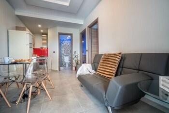 Savvas Luxury Suites