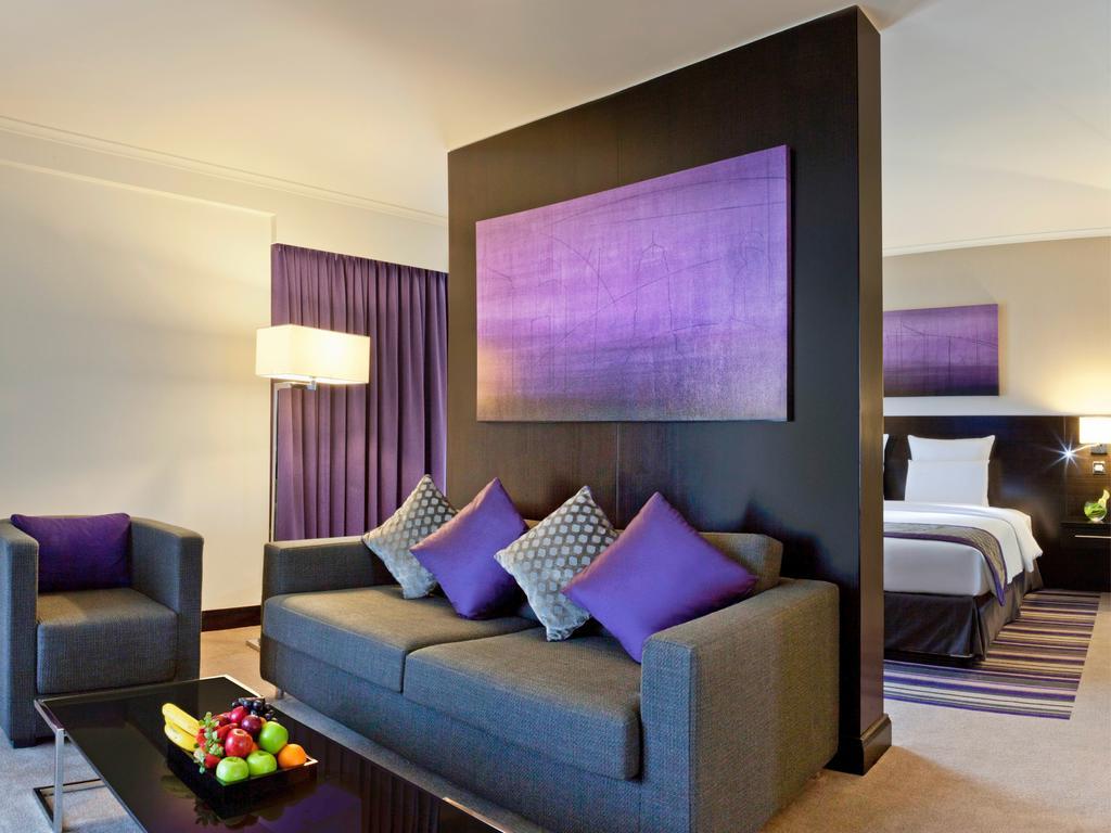 Pullman Dubai Creek City Centre Hotel