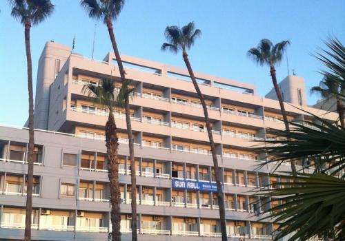 Sun Hall Beach Hotel Apts.