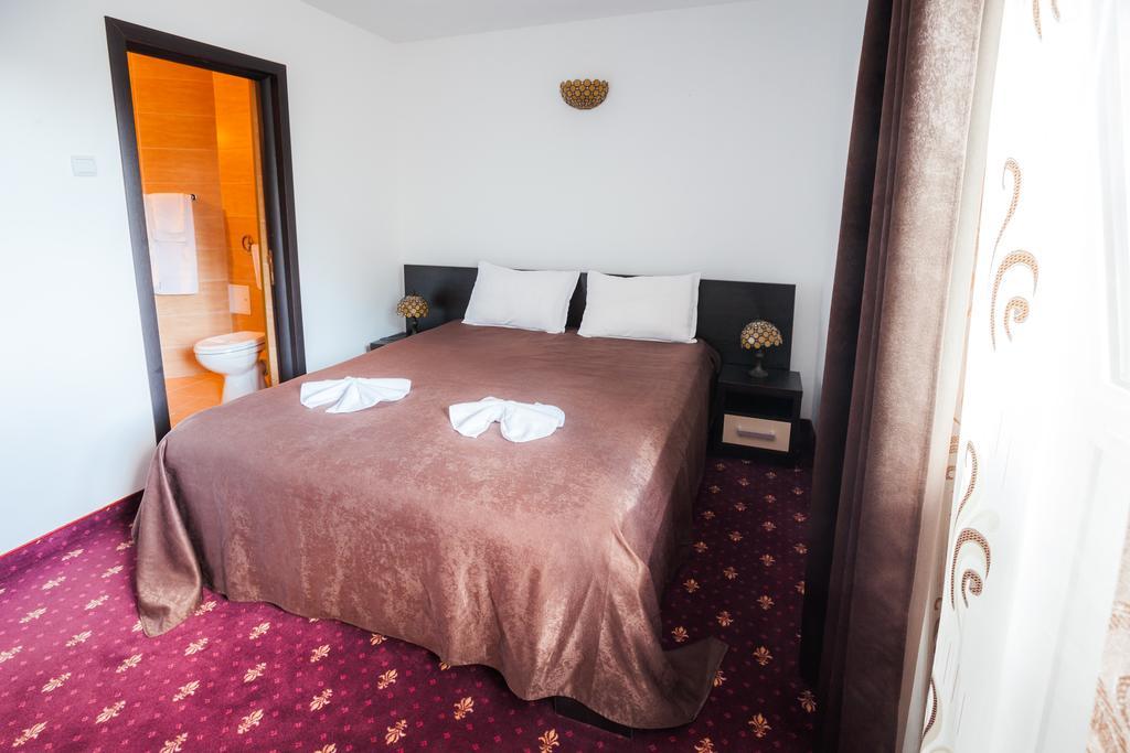 Hotel Dacia - Oferta Seniori Activi - 10 nopti