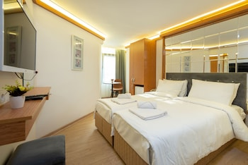 Seven Rooms Oldcity
