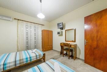 Borsalino Studios And Apartments