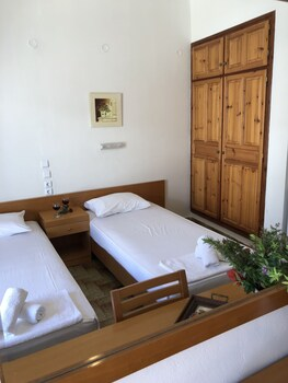 Main Guest House Skiathos
