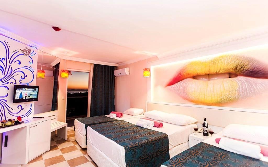 INFINITY BEACH HOTEL