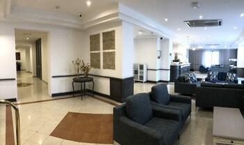 Plaza Hotel/plaza Regency