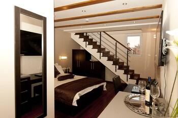 Palace Suites Heritage
