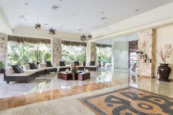 Grand Palladium Colonial Resort And Spa