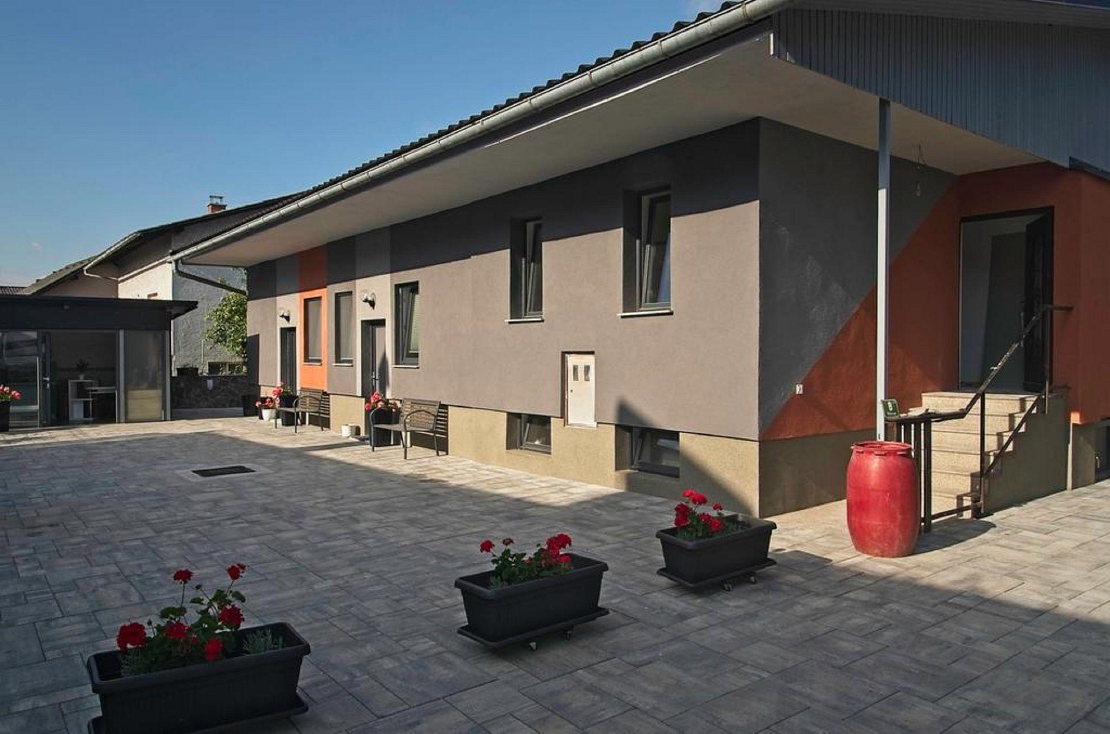 Apartments Drevi