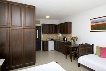 Amygdalies Apartments
