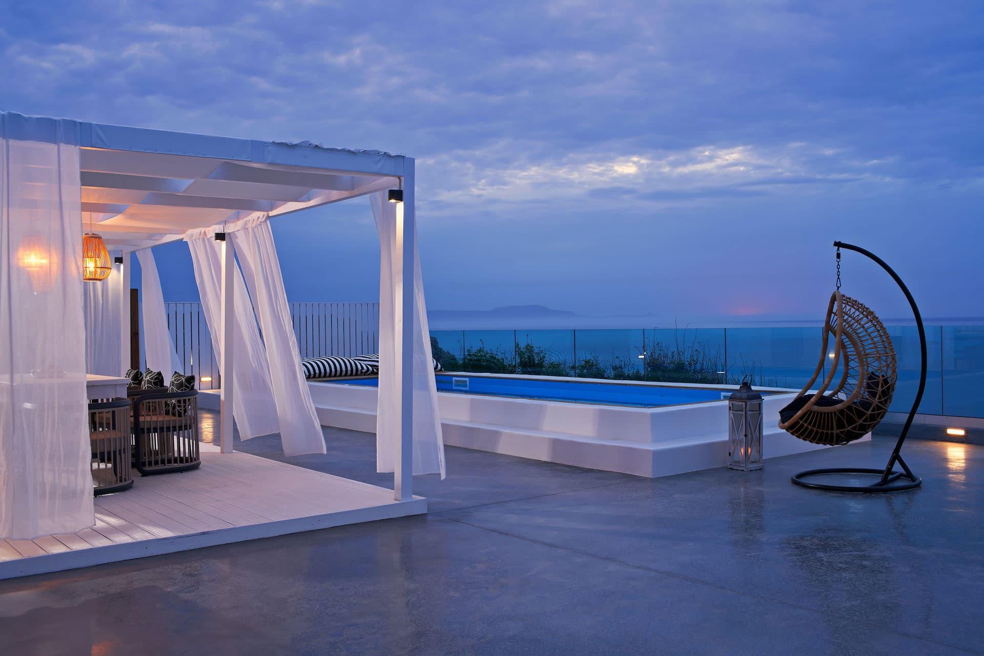 Mr & Mrs White Crete Holiday Resort
