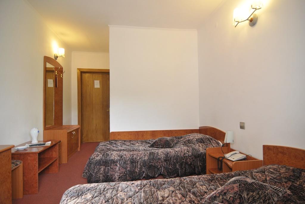 Paste - Hotel Alexandros