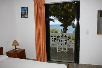 Dimitra Apartments