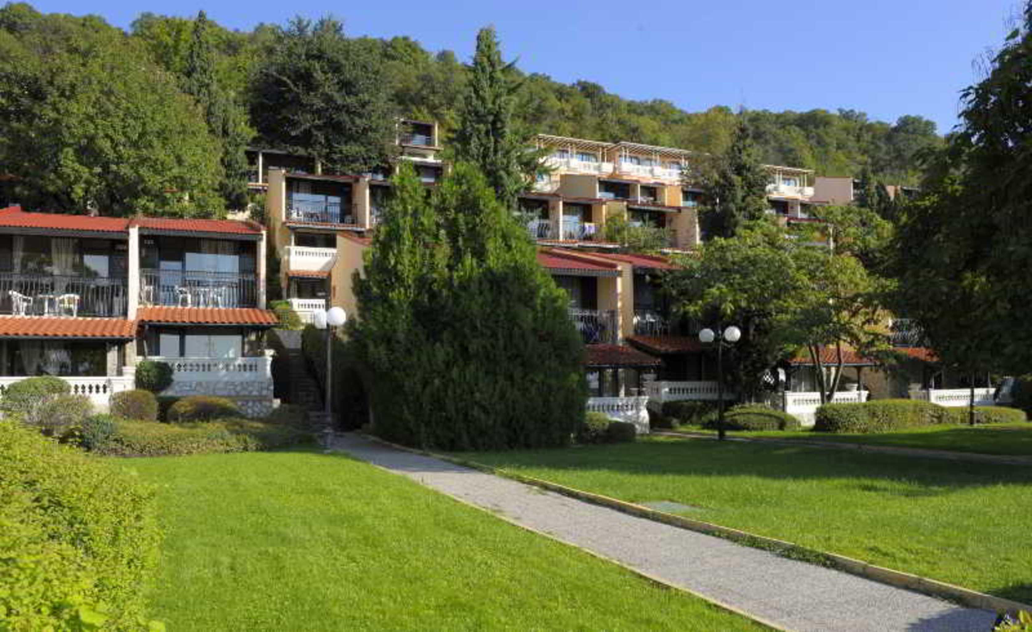 Elenite All Inclusive Villas
