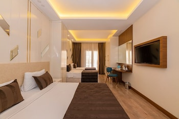 The Byzantium Hotel And Suites