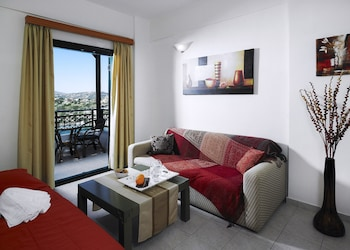Erivolos Studios And Apartments