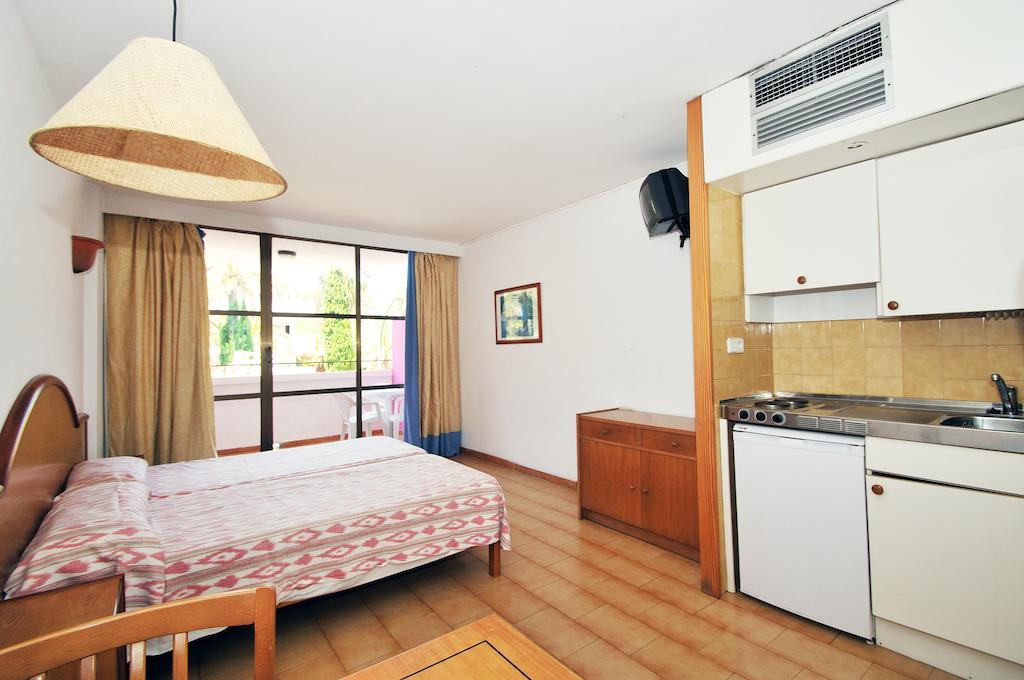 LIVELY MALLORCA HOTEL