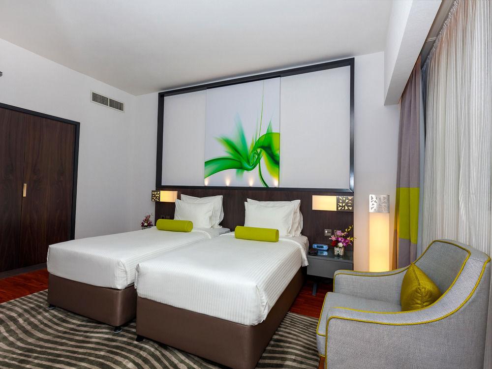 Flora Grand Hotel