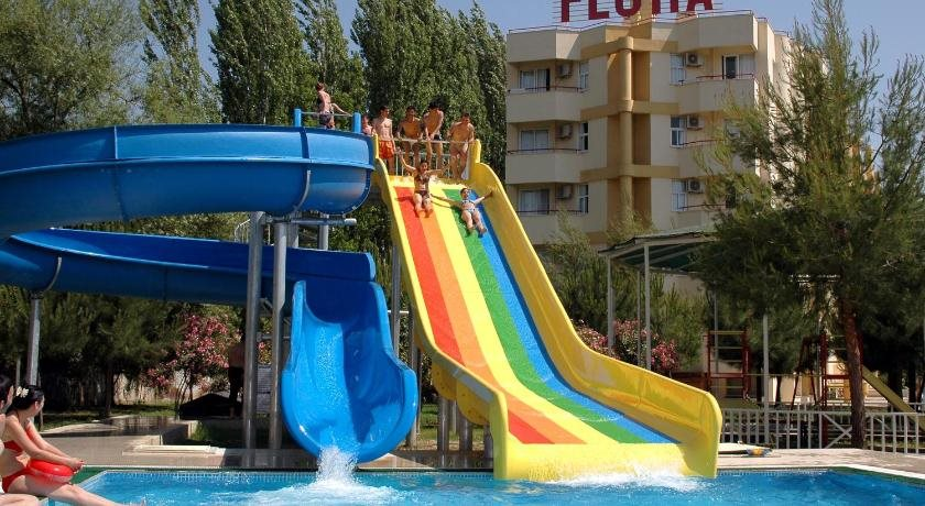 Flora Hotel & Apart