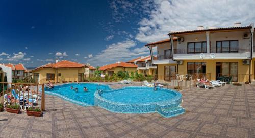 Montemar Villas