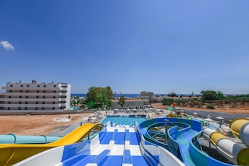 Narcissos Waterpark Resort