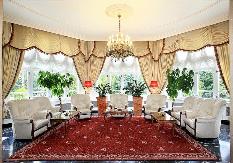 Paste - Hotel Palace