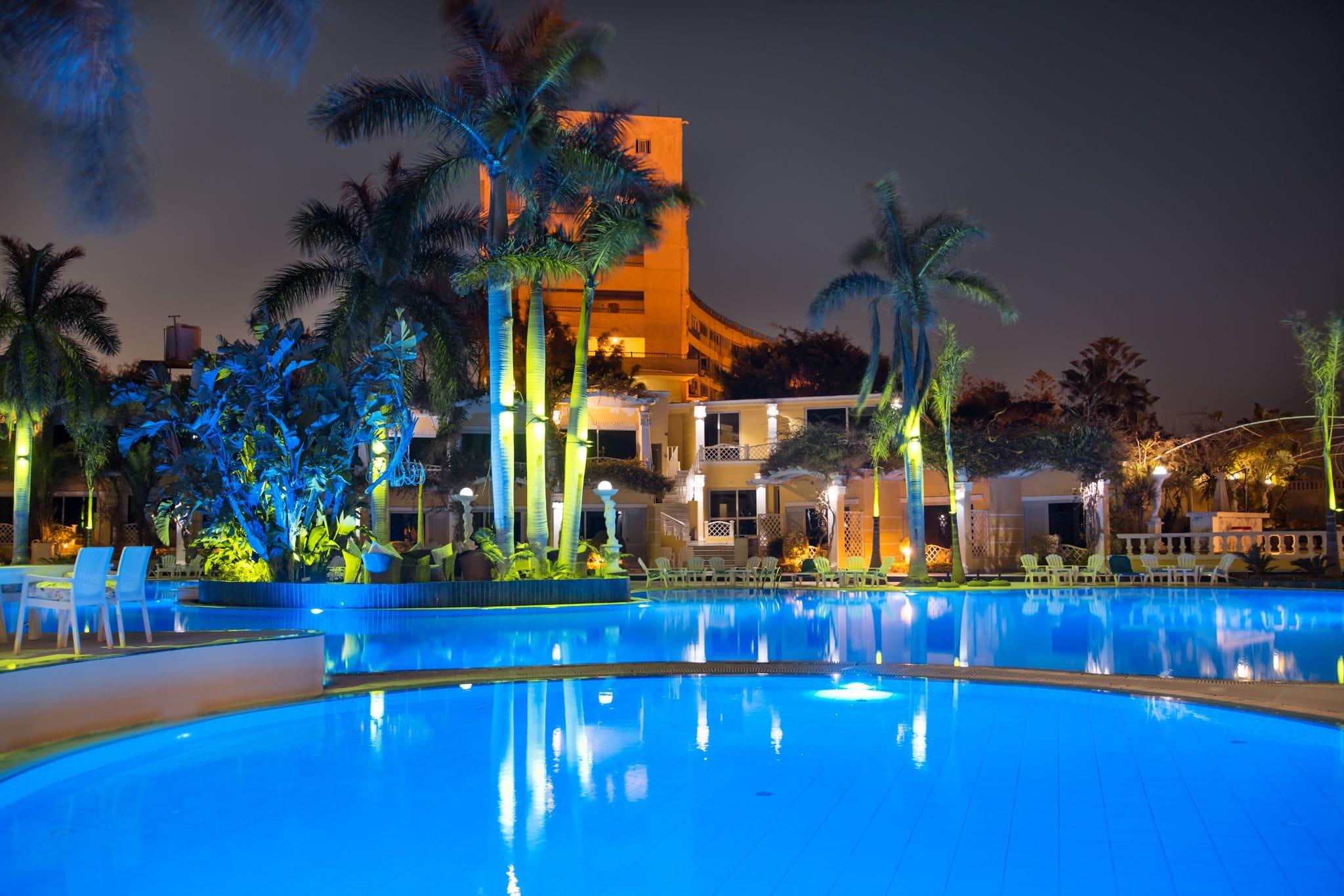 Paradise Inn Mamoura Beach