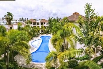 Pool Residence Rosa Hermosa