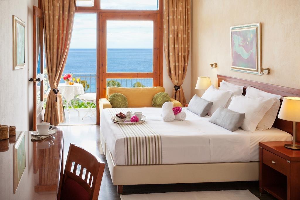 Irida Aegean View (Megali Ammos)