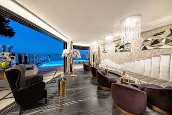 All Suites Hotel Posh