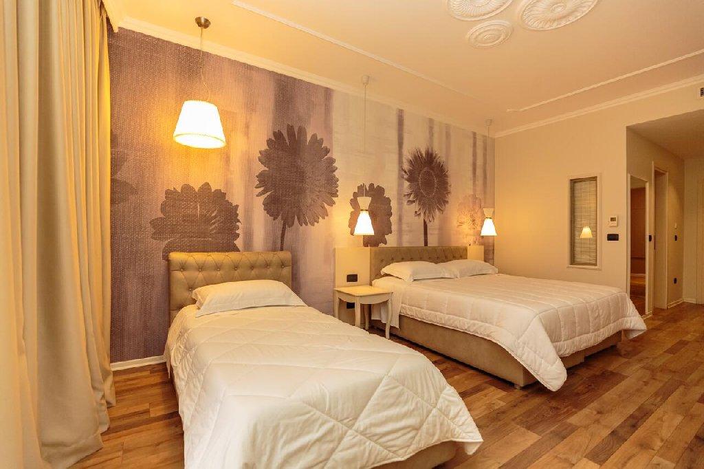 Regina City Hotel (Vlore)
