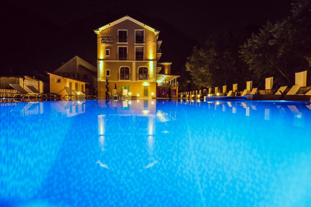 Jojo Imperial Resort & Spa (Adults Only +14)