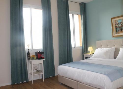 Blue Sea Marble Hotel