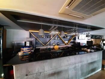 Sapko Airport Hotel