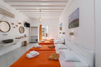 Artemoula's Studios