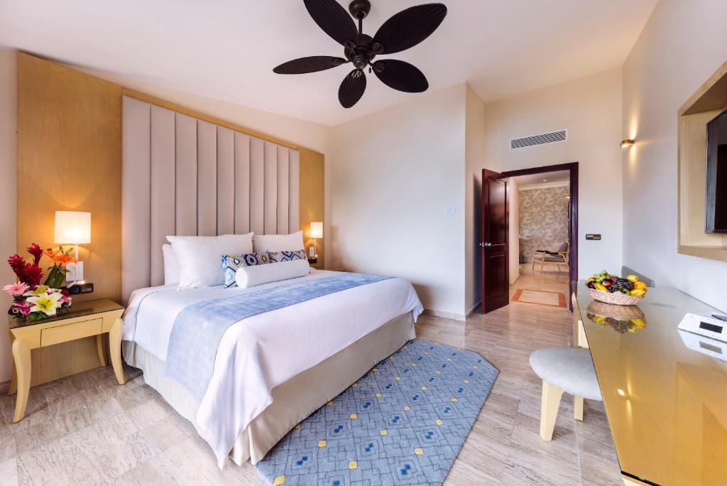 Grand Palladium White Sand Resort & Spa