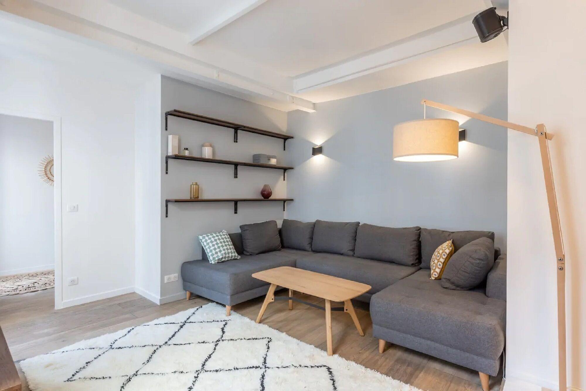 Modern Appartement Place De Clichy